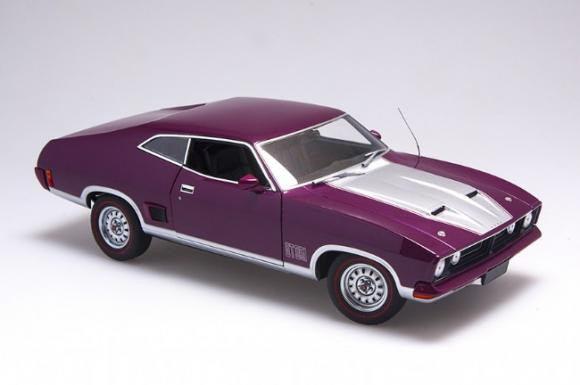 Biante 1:18 Ford XB Falcon GT Hardtop Mulberry Metallic with Silver Accents 1974