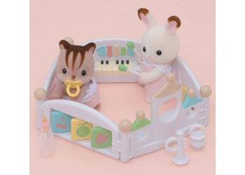 Sylvanian Families Lets Play Playpen